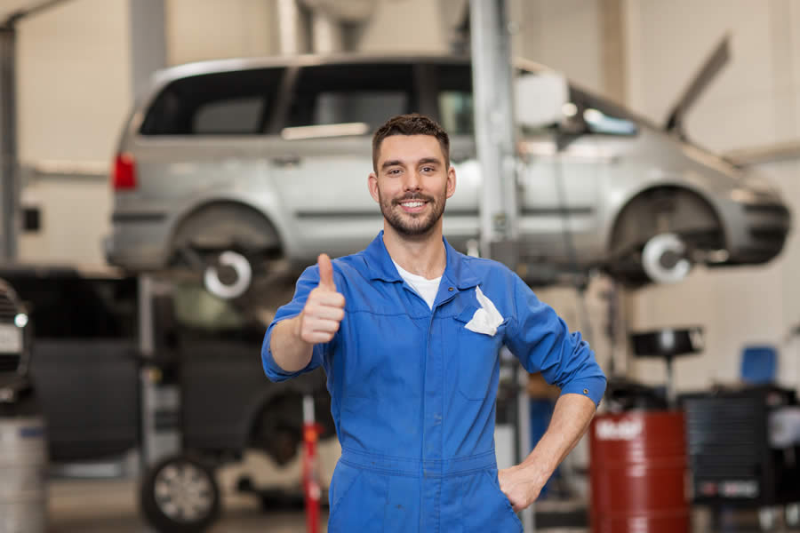 Service for your car in Lincoln Park Michigan